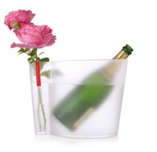 Seau roses et bulles