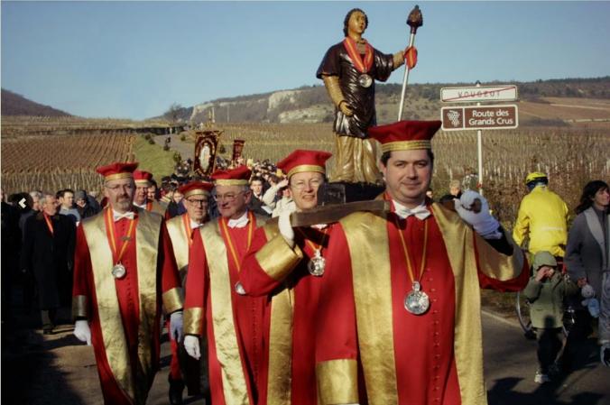 wine passport eonotourisme route des vins wine tour saint vincent tournante